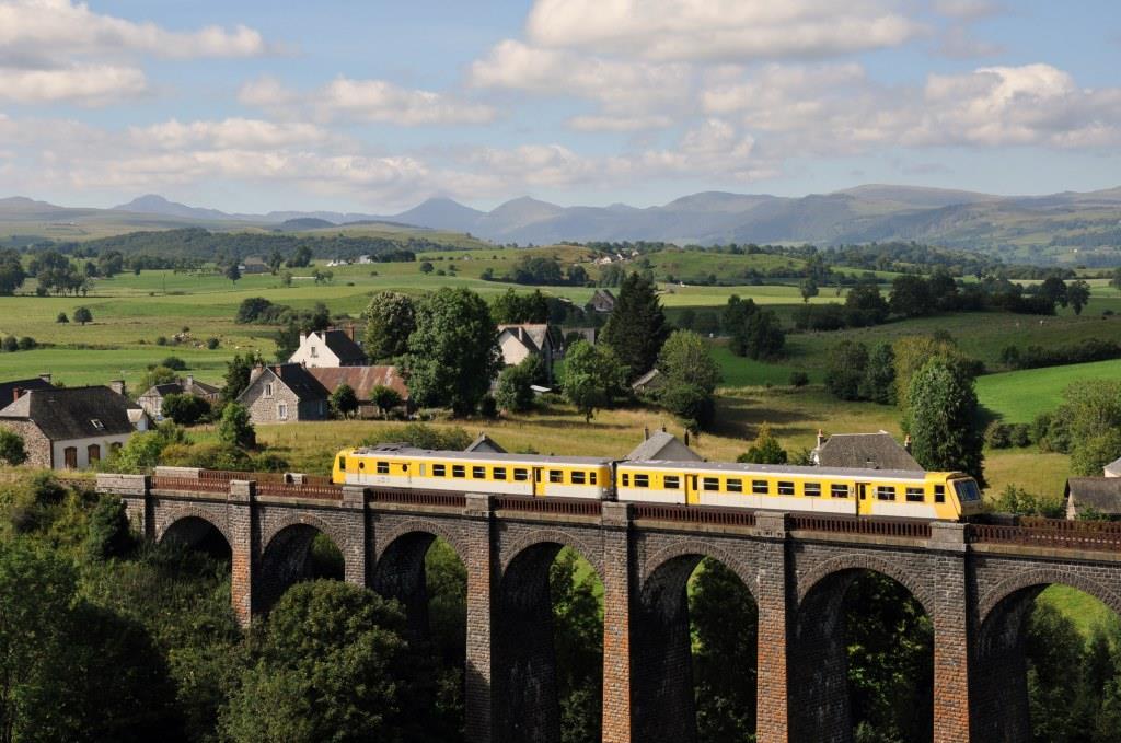Train Gentiane et Viaduc